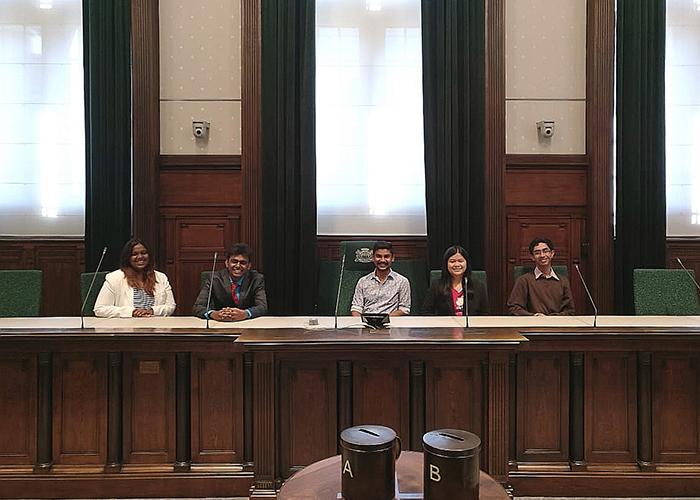 Indiase studenten lopen stage in Nederland